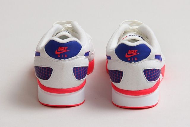 Air Mariah Bump 3