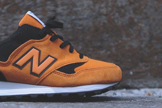 New Balance M577 Orange Black