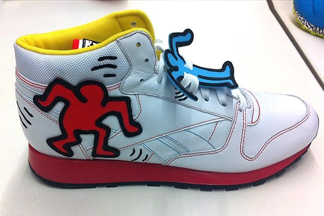 Keith Haring Reebok Cl Leather Mid Lux 12 White Red 1