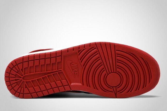 Air Jordan 1 Ko Black 03 1