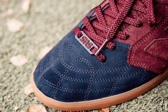 Sneakersnstuff X New Balance Epic Tr Blueberry4