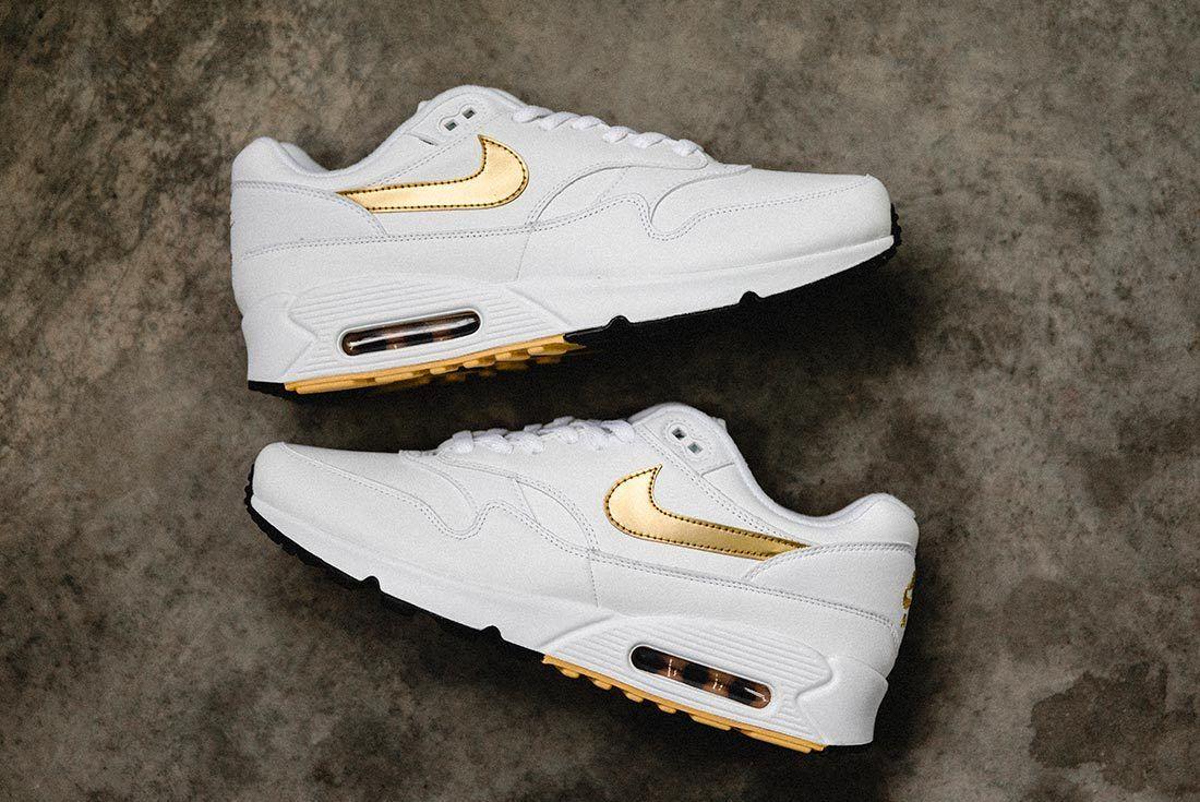 Nike Air Max 90 Gold 5