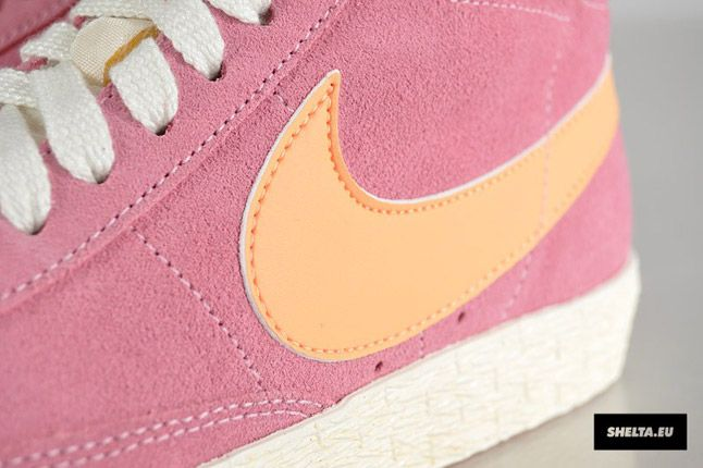 Nike Blazer High Suede Womens 09 1