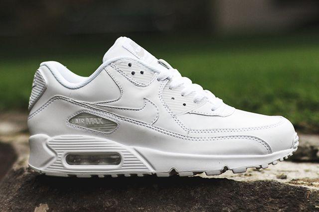 Nike Air Max 90 Leather (Triple White