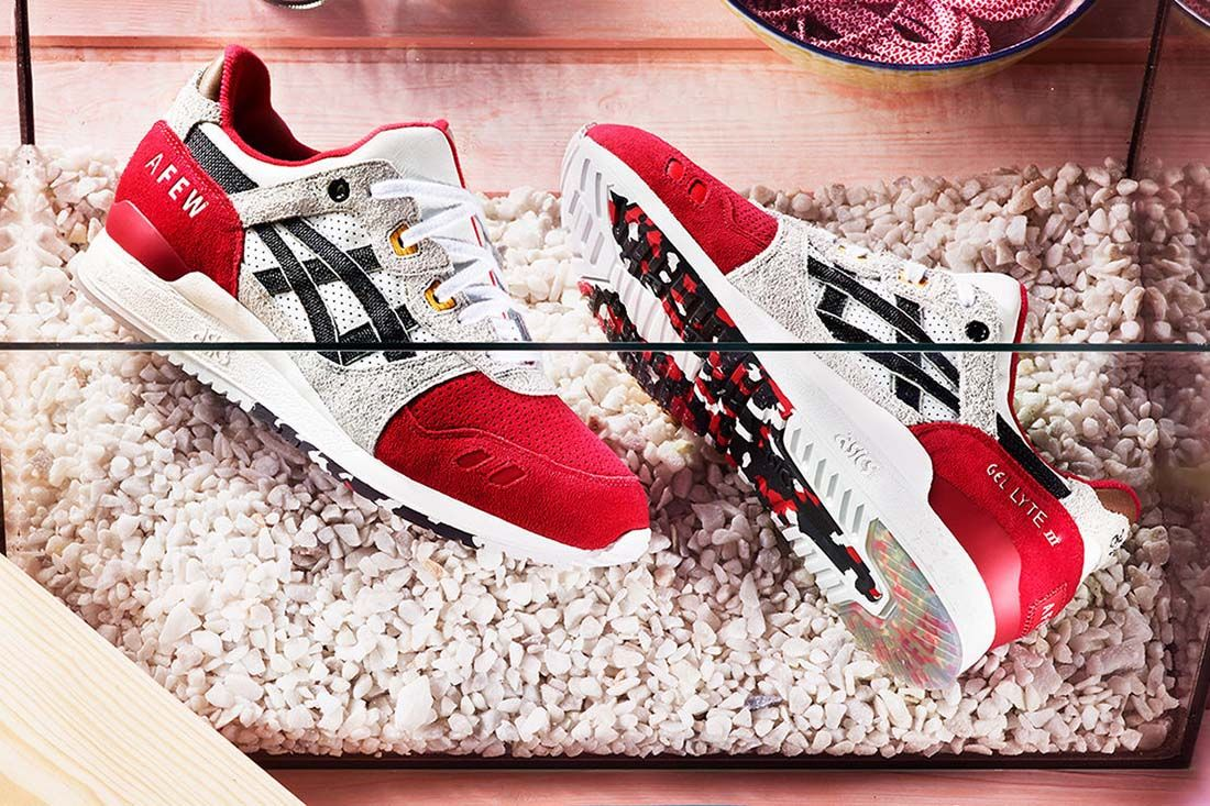 afew asics gel lyte iii koi lateral sole top shot