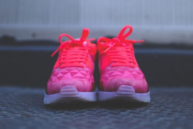 Nike Air Max 90 Ice Laser Crimson 5