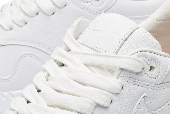 Nike Air Max Pinnacle 4