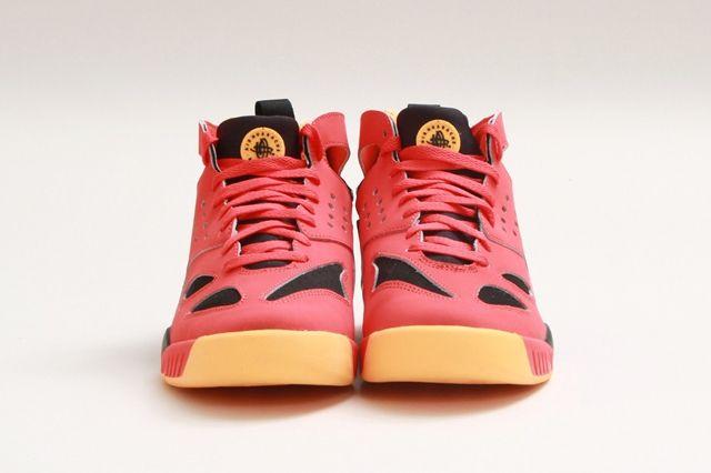 Nike Air Tech Challenge Huarache Light Crimson 1