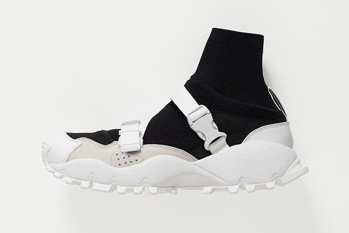 Hyke Adidas Seeulater White Black 2