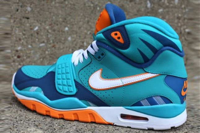 Nike Air Trainer Sc Ii Qs Nfl Miami Dolphins Heel Profile 1