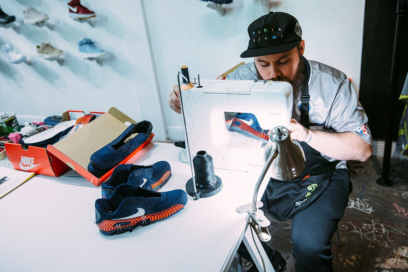 Paris Saint-Germain x Nike Air Max 90 (Tour Custom)