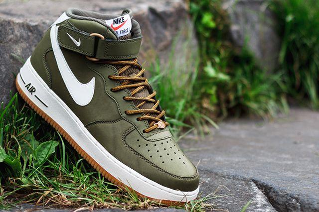 Nike Air Force 4