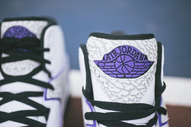 Air Jordan 2 Dark Concord Bump 3