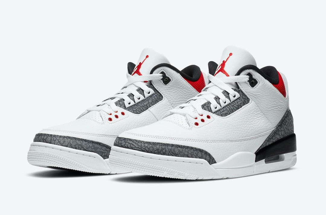 Air Jordan 3 Fire Red Japan Exclusive Angled