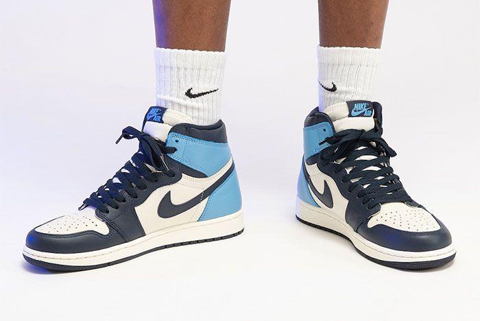 Air Jordan 1 High Og Obsidian On Foot Toe