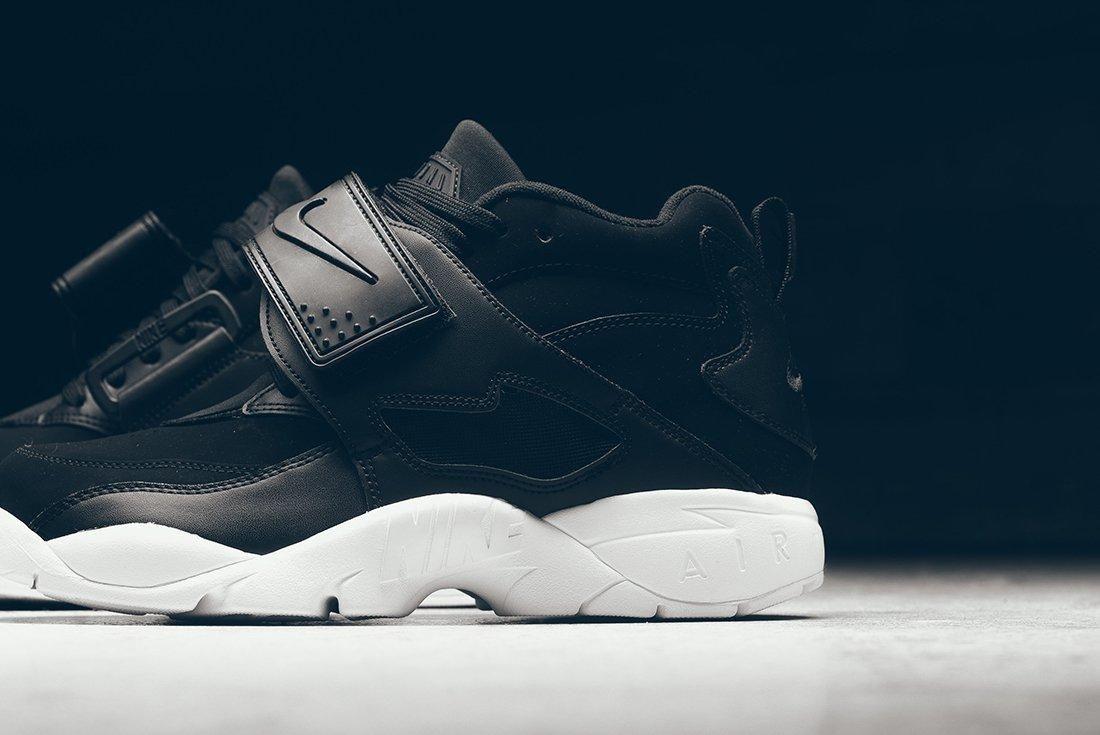 Nike Air Diamond Turf 2