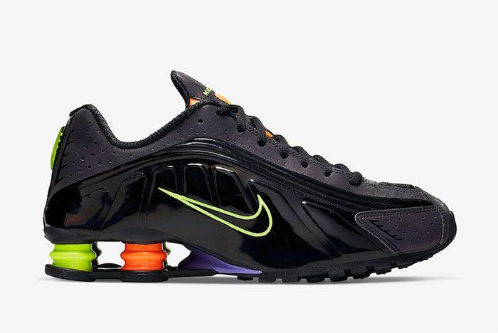 Nike Shox R4 Ci1955 074 Release Date Side