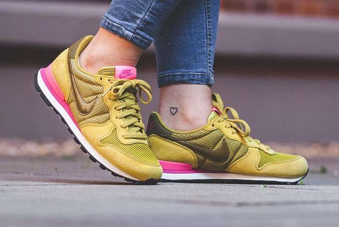 Nike Internationalist Wmns Peat Moss4