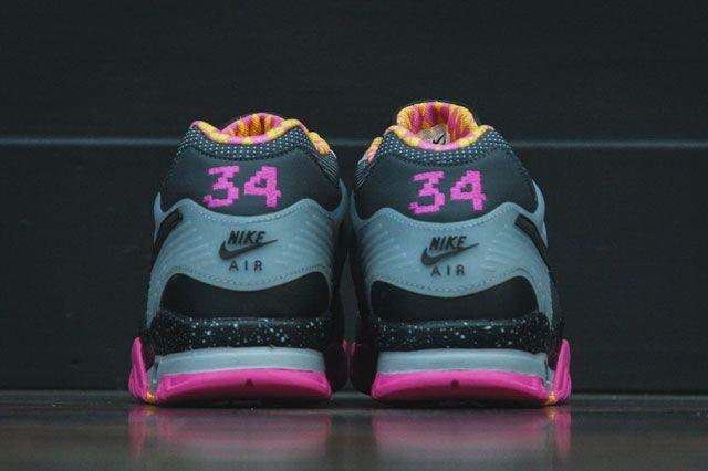 Nike Air Trainer Iii Bo Knows Heel