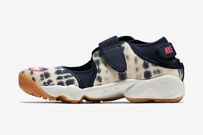 Nike Air Rift Valley Pack 2