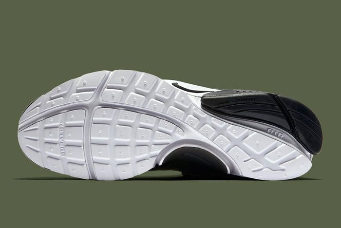 Acronym X Nike Air Presto Olive3