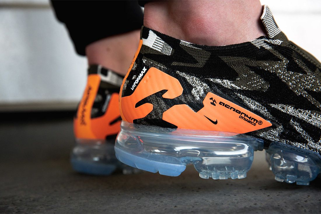vapormax moc on feet