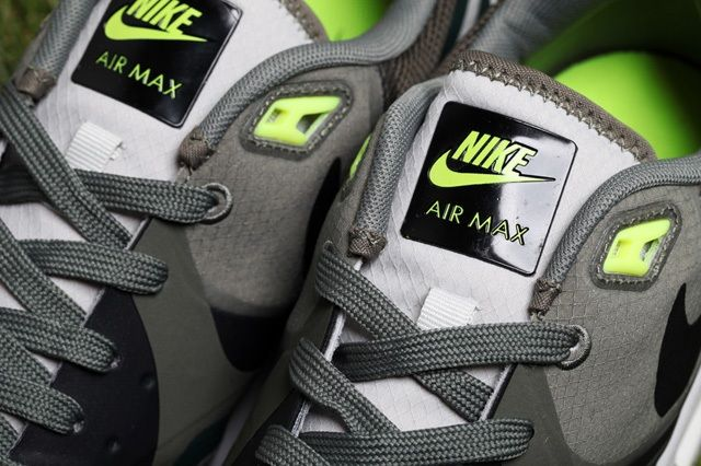 Nike Air Max Light Water Resistant Pack 6