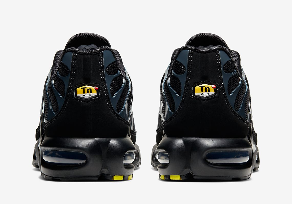 Nike Air Max Plus Black Blue Heel