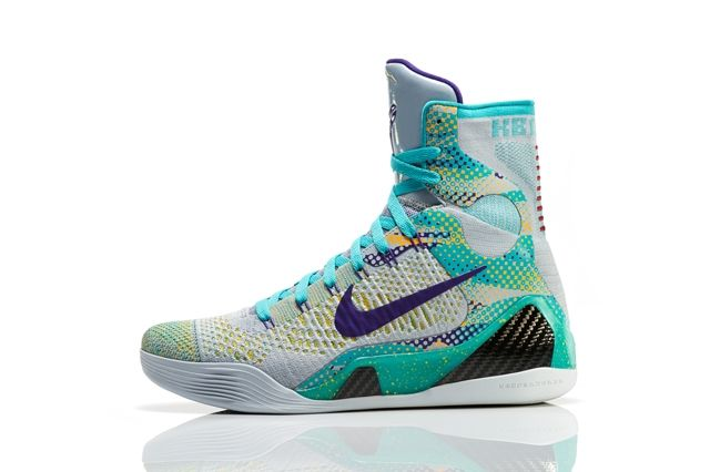 Nike Basketball Elite Series Hero Collection 8