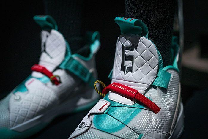 Air Jordan 33 Colourways Sneaker Freaker 44