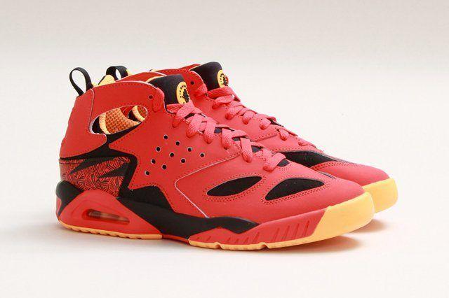 Nike Air Tech Challenge Huarache Light Crimson 4