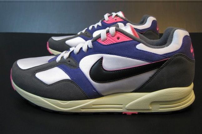 Nike Air Base 2 Retro Side 1