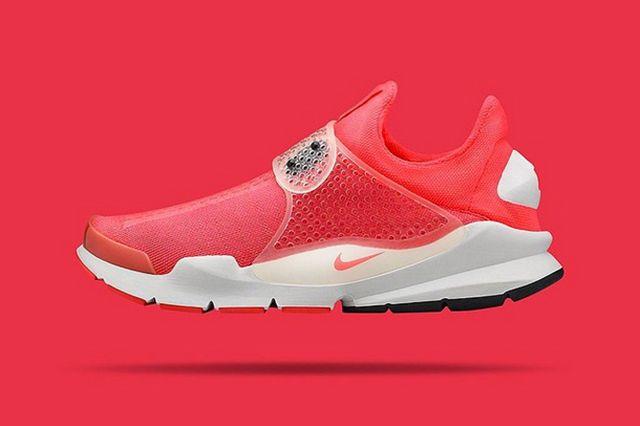 More Nike Sock Dart 7