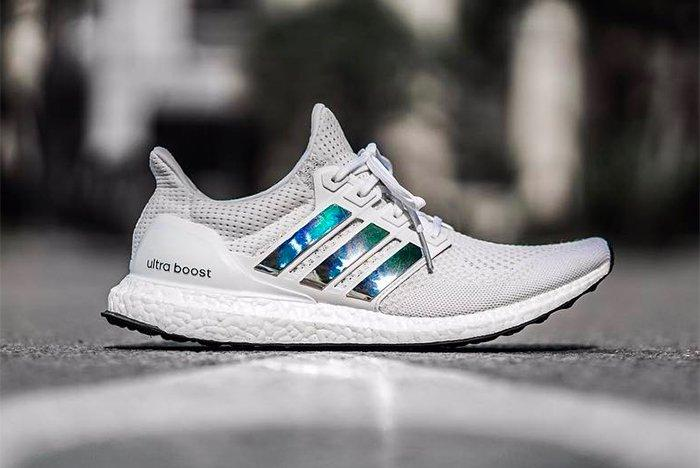 Adidas Ultra Boost Irridescent 1