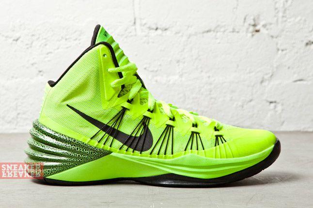 Nike Hyperdunk 2013 Volt 1