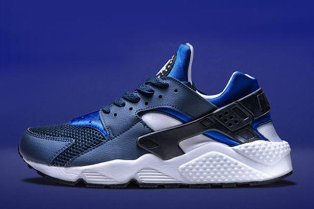 Nike Air Huarache Two Tone Blue