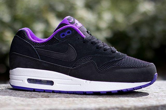 Nike Womens Air Max 1 Essential Black Hyper Grape 3