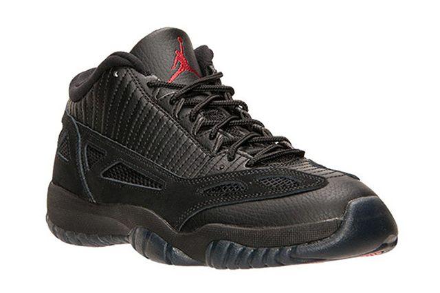 Air Jordan 11 Low Ie Referee2