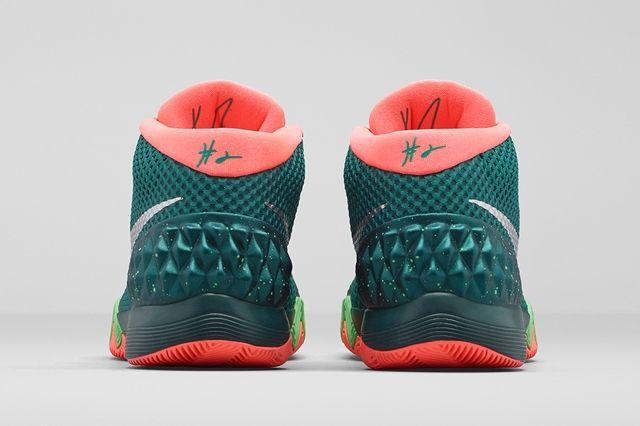 Nike Kyrie 1 Flytrap 3