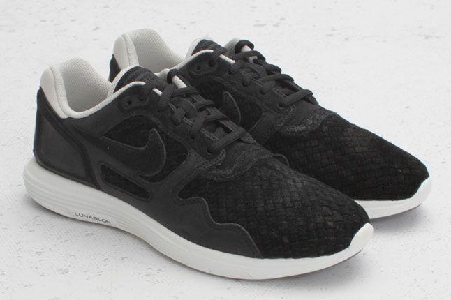 Nike Lunar Flow Woven Black Bone 01 1