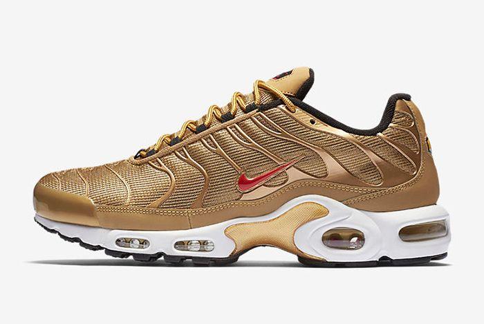 903827 700 A Prem Sneaker Freaker