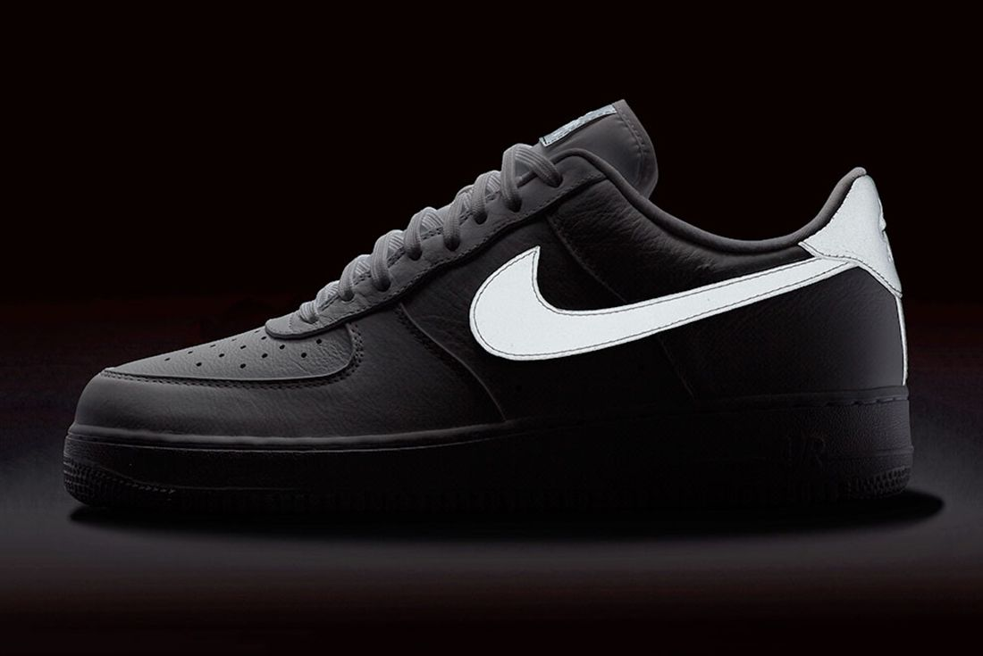 Nike Air Force 1 Refelctive Swoosh Pack 16