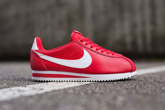 Nike Wmns Cortez Red