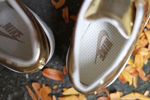 Nike Air Max 1 Wmns Sp Liquid Metal 4