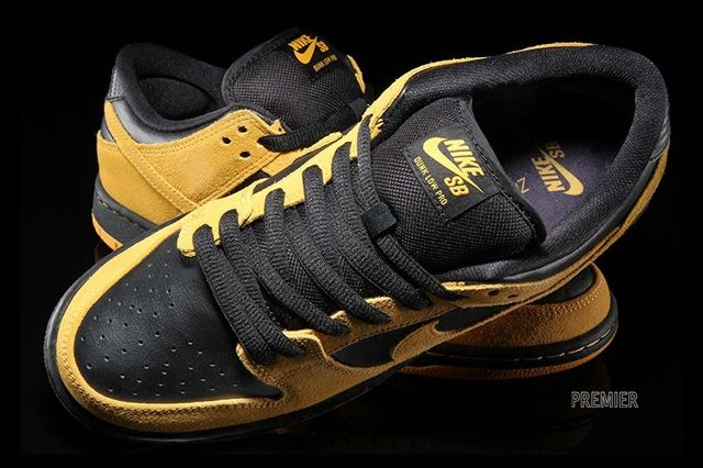 Nike Sb Dunk Low Iowa 2