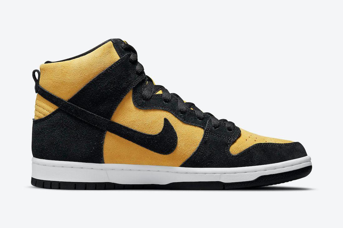 Nike SB Dunk High 'Reverse Iowa