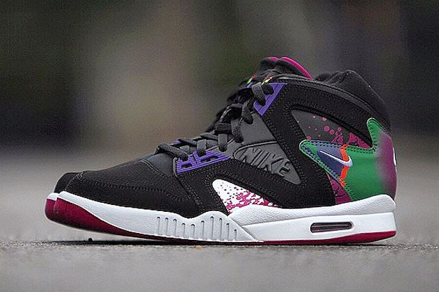 Nike Air Tech Challenge Hybrid Rev Pink Feature