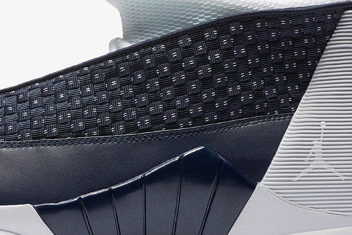 Air Jordan 15 Obsidian4