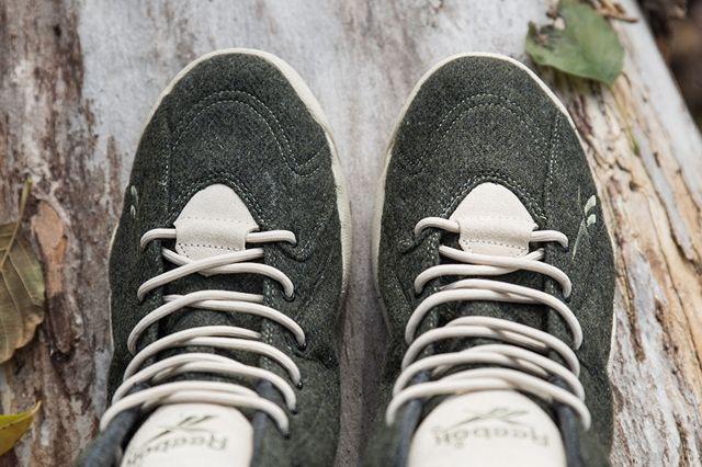 Sneakersnstuff Reebok Kamikaze Herringbone Toebox