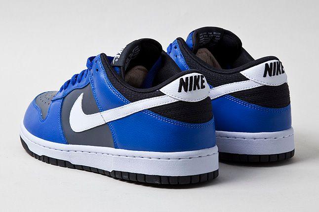 Nike Dunk Low Royal Blue Heel Shot 1